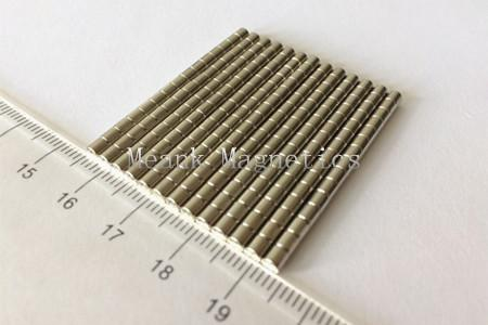 D3x3mm tiny cylinder magnets